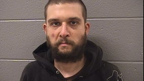 Man faces DUI, gun charges after T-boning CTA bus into Loop bank, injuring 4: police