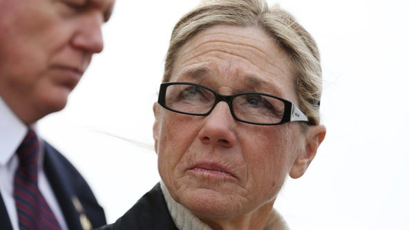 Former Dixon comptroller Rita Crundwell who stole $50M from city released early from prison