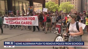 Activists push for new police oversight board in Chicago