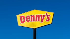 Denny's plans to hire 10,000 restaurant employees by end of 2020
