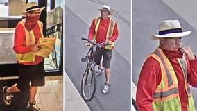 Man robs Glen Ellyn bank: FBI