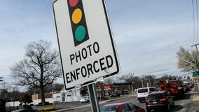 Crestwood mayor charged in red-light camera bribery scheme