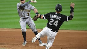 Houser strong, Brewers stop White Sox 6-game win streak, 1-0