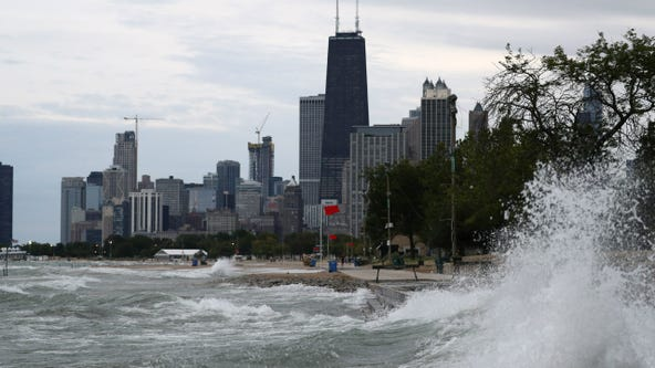 Dangerous lakefront waves could reach 13 feet high: forecasters