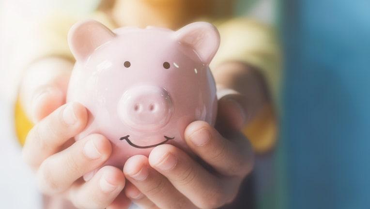 Credible-personal-loan-rates-lower-iStock-1025332648.jpg