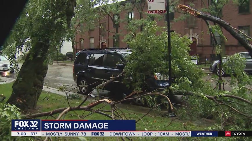 Tornado confirmed on Chicago's North Side, NWS says