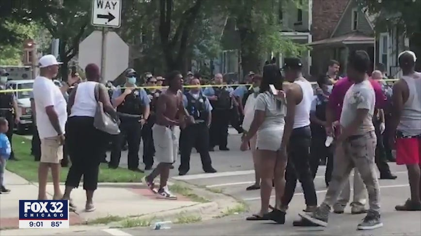 Crowd clashes with Chicago cops after police-involved shooting in Englewood