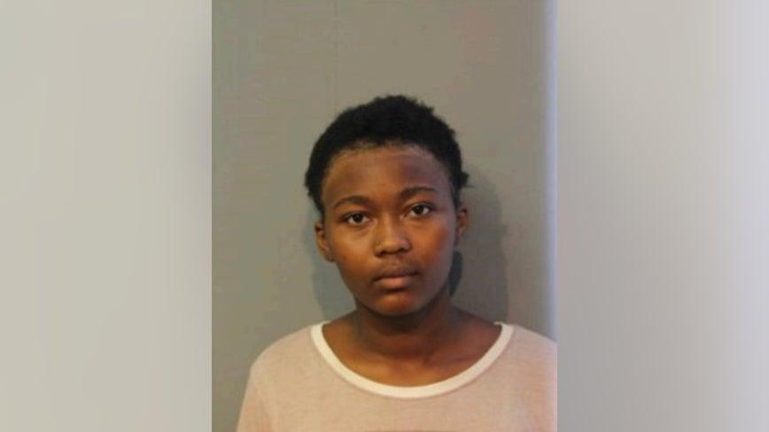 Girl, 14, missing from Bronzeville
