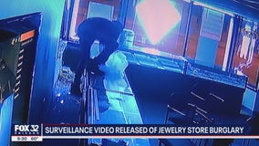 Thieves break into Jefferson Park jewelry store, police warn other businesses in the area