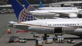 United Airlines adding, restoring flights in October