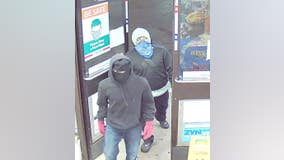 Police seek suspects in armed robbery at Prospect Heights 7-Eleven