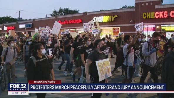 Protests erupt in Chicago following grand jury decision in Breonna Taylor case