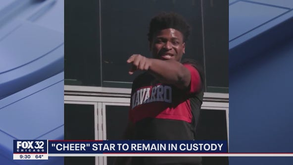 'Cheer' star Jerry Harris to remain in federal custody, could face new charges