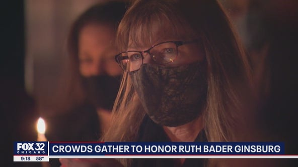 Chicagoans hold vigil for Supreme Court Justice Ruth Bader Ginsburg