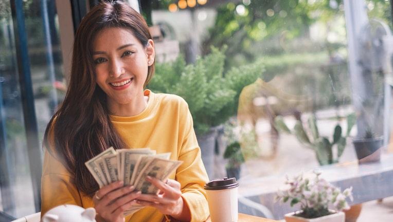 Credible-personal-loan-rates-low-iStock-1049807174.jpg