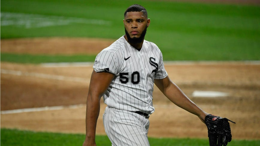 White Sox pitcher Cordero suspended 3 games for hitting Contreras