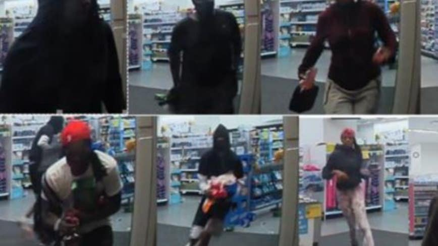 22 wanted for looting Loop Walgreens in August: police