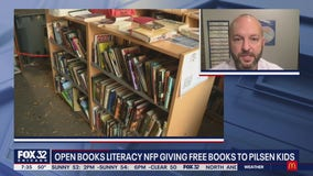 'Open Books' giving free books to Pilsen kids during the pandemic.
