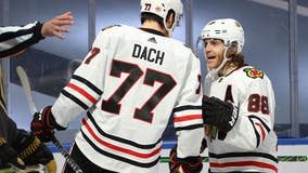 Blackhawks F Dach joins practice in comeback from surgery