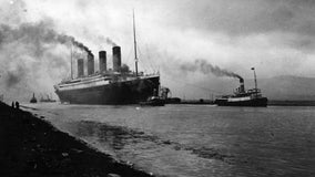 US government fights plan to retrieve Titanic's radio, saying expedition will disturb human remains
