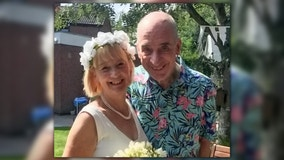Woman remarries husband with dementia after he forgot about first nuptials