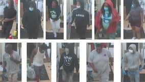 Chicago police share video of 11 Loop looting suspects