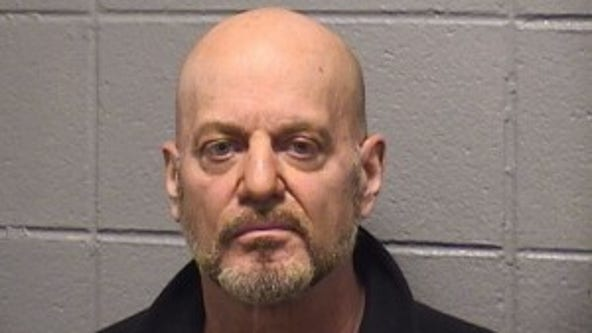 Bridgeview man accused of soliciting sex from 15-year-old boy