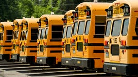 Illinois school district donates 3 buses to firefighters for training