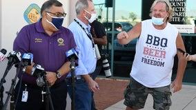 Man wearing 'BBQ, BEER, FREEDOM' shirt crashes Nevada election press briefing