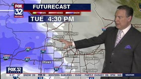 Snow, freezing rain could hit Chicago area starting Tuesday