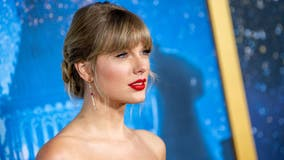 Taylor Swift replaced by Brad Paisley in famous mural celebrating country artists