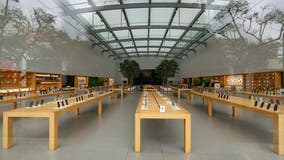Apple quietly closes retail stores in California as coronavirus cases surge