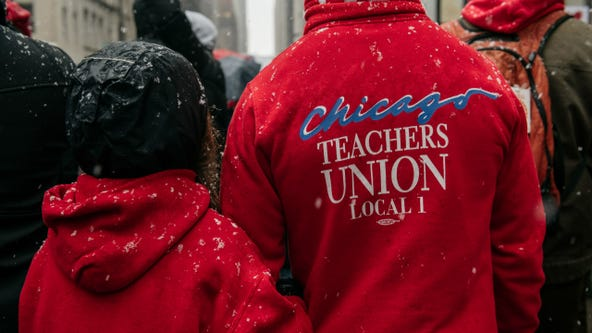 Chicago teachers begin vote to defy order to return to class