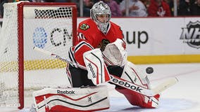 Former Chicago Blackhawks goaltender Corey Crawford announces retirement