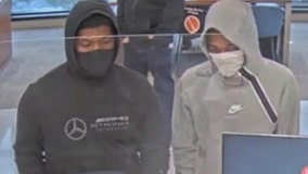 FBI, Wilmette police search for suspects in Byline Bank robbery