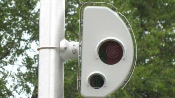 Speed cameras begin issuing warning tickets for drivers going over 6 mph in Chicago