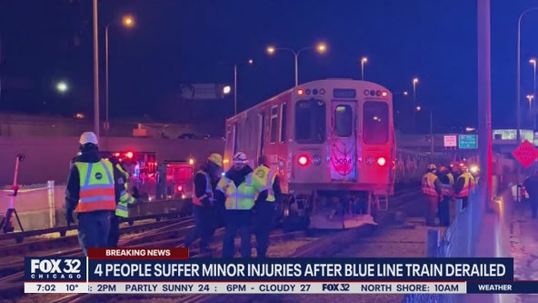 4 people suffer minor injuries after CTA Blue Line train derailed