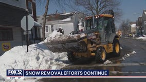 Chicago kicks snow removal into high gear