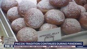 Chicagoans celebrate Fat Tuesday with Paczkis despite snowstorm, pandemic