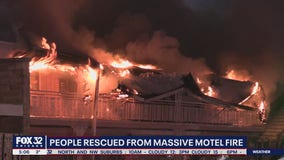 Fire engulfs motel near O'Hare Airport as crews struggle with frozen hydrants