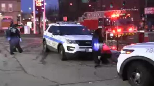 Two children briefly taken by carjackers in Chicago's South Shore neighborhood