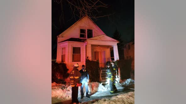 3 hurt, 3 displaced in Englewood house fire