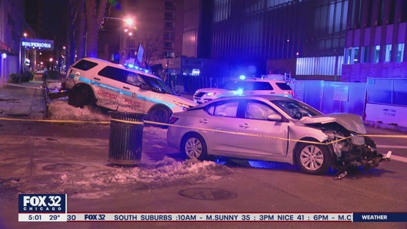 2 CPD officers injured in crash on the Near North Side