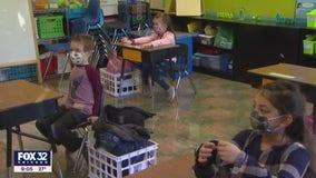 Chicago Public Schools open doors to thousands of more students