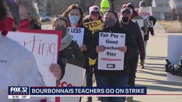 Bourbonnais teachers on strike, calling for pay raise