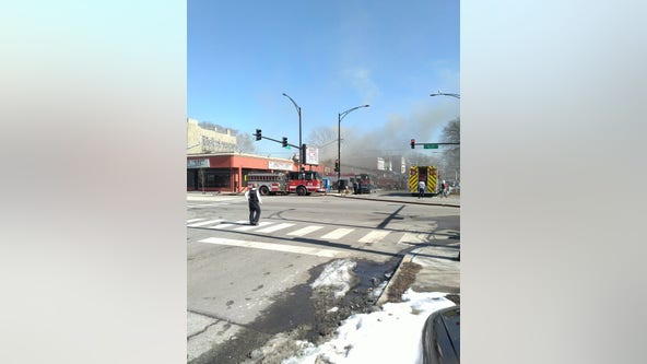 Fire breaks out in Englewood restaurant, laundromat