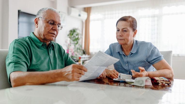 Credible-older-americans-student-loans-iStock-1222244604.jpg