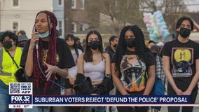 Suburban Oak Park residents vote 'No' on defunding the police
