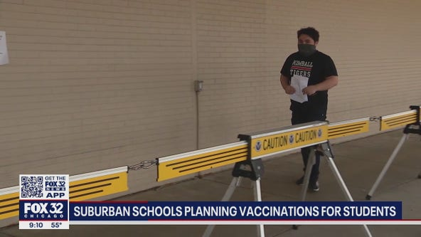 Illinois school districts aim to get students vaccinated quickly
