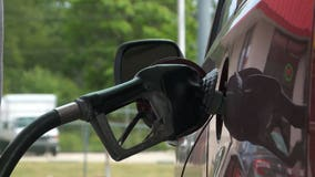 AAA says Memorial Day gas prices expected to hit highest in 7 years